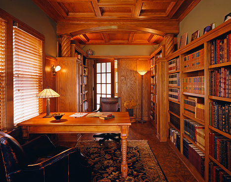 Home Office「Residential library with traditional woodwork and rich furnishings」:スマホ壁紙(16)