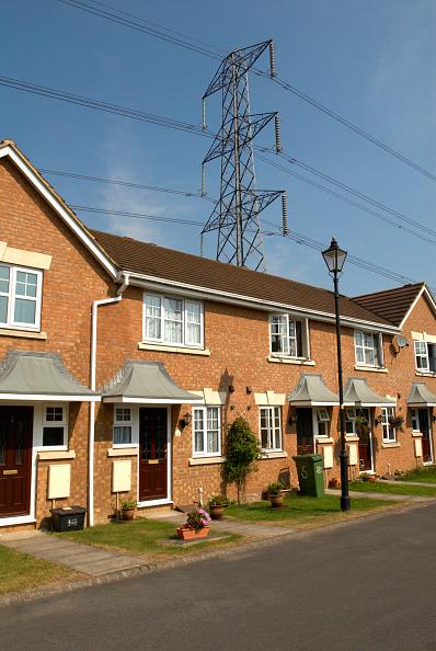 Front Door「Residential housing development with powerlines, UK」:写真・画像(11)[壁紙.com]