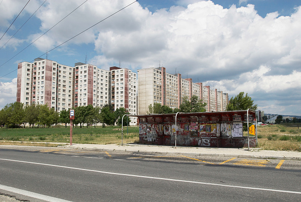 Apartment「Communist-era flats and bus-stop, Bratislava, Slovakia」:写真・画像(15)[壁紙.com]