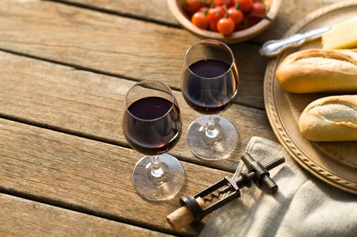 Picnic「Red Wine Alfresco」:スマホ壁紙(19)