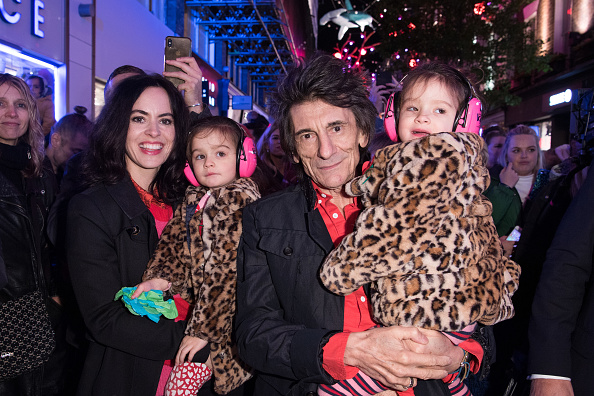 Turning On Or Off「Carnaby Christmas Lights Switch On 2019」:写真・画像(1)[壁紙.com]