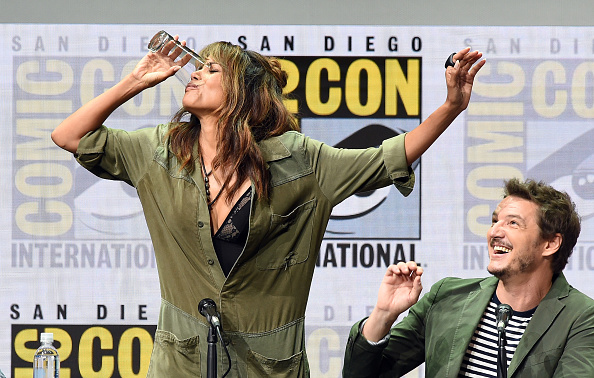 Two People「Comic-Con International 2017 - 20th Century FOX Panel」:写真・画像(1)[壁紙.com]