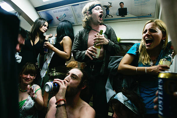 Last Orders On The Underground Cocktail Party:ニュース(壁紙.com)
