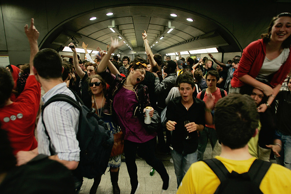 People「Last Orders On The Underground Cocktail Party」:写真・画像(13)[壁紙.com]