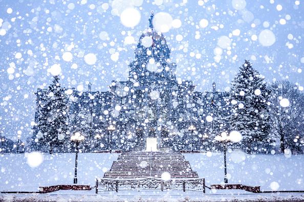 Michael Ciaglo「Denver Braces For Massive Snow Storm」:写真・画像(8)[壁紙.com]