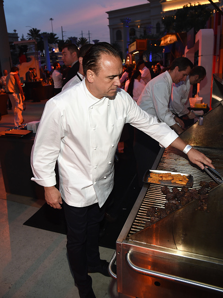 Crunchy「Celebrity Chefs Light Up The Strip At Vegas Uncork'd By Bon Appetit's Grand Tasting At Caesars Palace」:写真・画像(19)[壁紙.com]