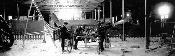 Sports Track「Aeroplane Garage」:写真・画像(15)[壁紙.com]