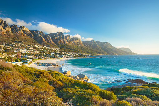 Coastline「Twelve Apostles mountain in Camps Bay, Cape Town, South Africa」:スマホ壁紙(4)
