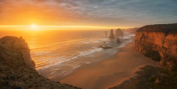 Great Ocean Road「Twelve Apostles at dusk, Great Ocean Road, Victoria, Australia」:スマホ壁紙(13)