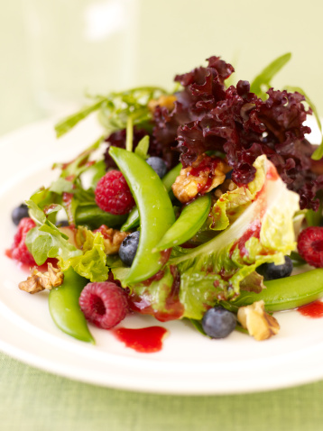 Vinaigrette Dressing「Mixed Greens with Raspberry Vinaigrette」:スマホ壁紙(16)