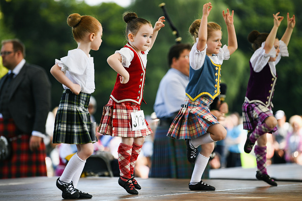 Jeff J Mitchell「World's Best Caber Tossers Gather For The Inverary Highland Games」:写真・画像(15)[壁紙.com]