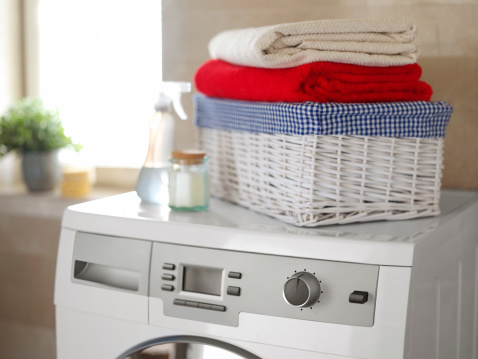 Laundry「White washing machine in the bathroom」:スマホ壁紙(2)