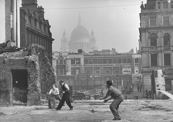 World War II「Blitz Cricket」:写真・画像(13)[壁紙.com]
