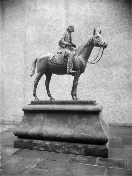 Methodist「A statue of John Wesley, Bristol, Avon, 1933.」:写真・画像(15)[壁紙.com]