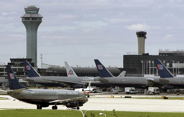 オヘア国際空港「Airline Travel Rebounds After August Security Scare」:写真・画像(3)[壁紙.com]