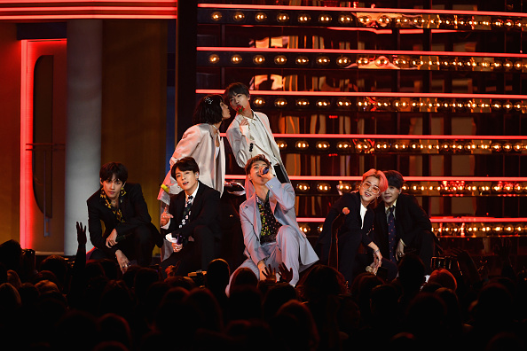 Kim Seok-jin「2019 Billboard Music Awards - Show」:写真・画像(16)[壁紙.com]