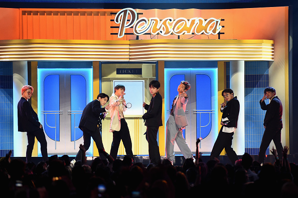 Kim Seok-jin「2019 Billboard Music Awards - Show」:写真・画像(18)[壁紙.com]