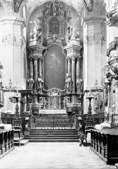 Architectural Feature「Salzburg: Peter Church. High Altar. About 1910. Photograph By Bruno Reiffenstein (No. 2952).」:写真・画像(8)[壁紙.com]