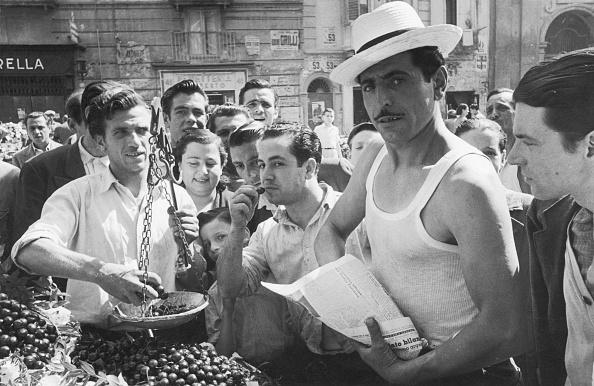 Black And White「Naples Market」:写真・画像(5)[壁紙.com]