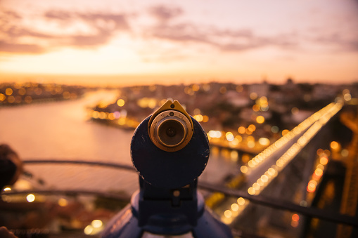 UNESCO「Coin-operated binoculars with view of Porto at sunset, Portugal」:スマホ壁紙(5)