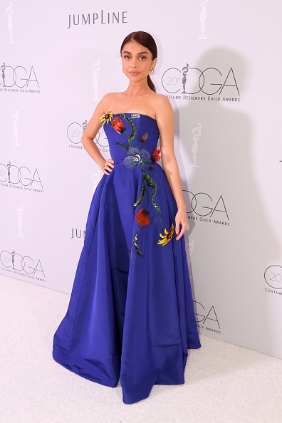 The Beverly Hilton Hotel「20th CDGA (Costume Designers Guild Awards) - Backstage and Green Room」:写真・画像(16)[壁紙.com]