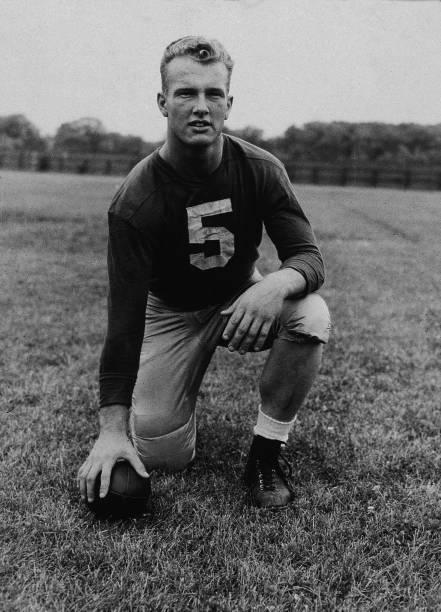 Notre Dame Quarterback Paul Hornung:ニュース(壁紙.com)