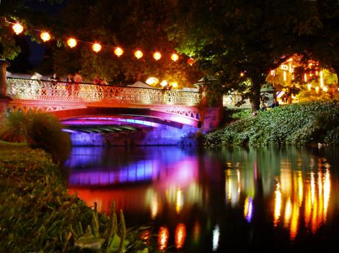 お祭り「川の夜景」:スマホ壁紙(10)