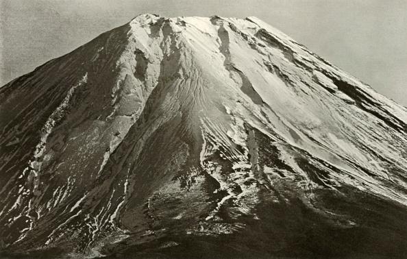 Volcanic Landscape「The Crest Of Fuji」:写真・画像(0)[壁紙.com]