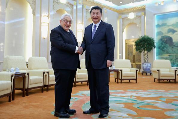 Feng Li「Chinese President Xi Jinping Meets Former U.S Secretary Of State Henry Kissinger」:写真・画像(10)[壁紙.com]