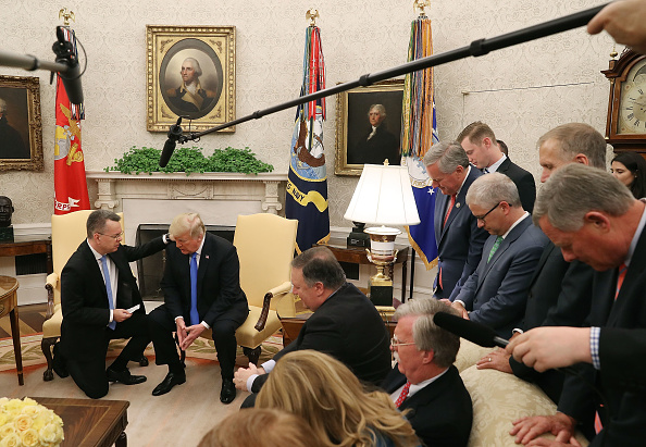Christianity「President Trump Meets With Freed Pastor Andrew Brunson At The White House」:写真・画像(9)[壁紙.com]