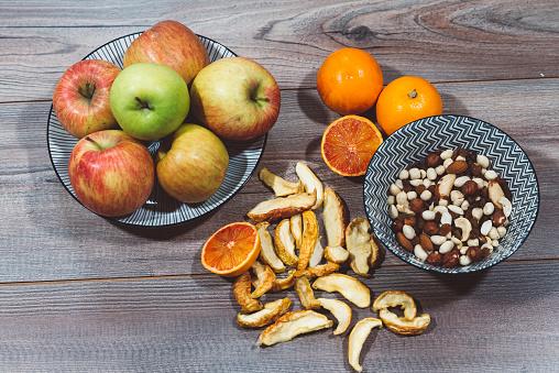 胡桃「健康的な食事」:スマホ壁紙(11)