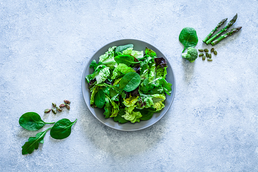 Raw Food「Healthy eating: fresh green salad shot from above on gray background」:スマホ壁紙(10)