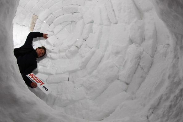 Igloo「Davos Forum Draws Occupy Protesters」:写真・画像(13)[壁紙.com]
