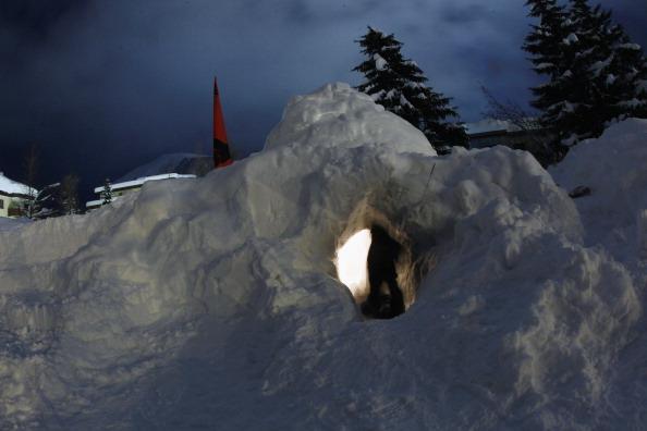 Igloo「Davos Forum Draws Occupy Protesters」:写真・画像(0)[壁紙.com]