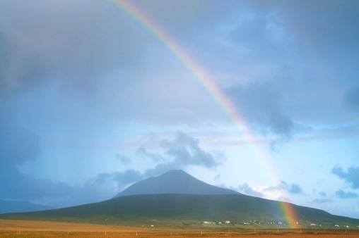アキル島「Slievemore Mountain, Achill Island, Co Mayo, Ireland」:スマホ壁紙(3)