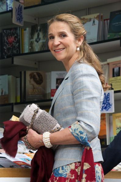 Princess Elena of Spain「Princess Elena of Spain Attend Books Fair Opening 2014」:写真・画像(6)[壁紙.com]