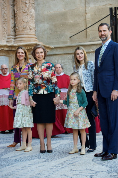 Nude Colored「Spanish Royals Attend Easter Mass in Palma de Mallorca」:写真・画像(3)[壁紙.com]