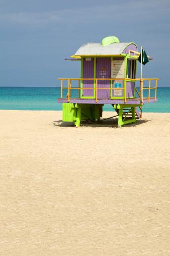 Miami Beach「監視員のタワーは、フロリダ州マイアミのサウスビーチでは、Copyspace 、レトロなスタイルの」:スマホ壁紙(11)