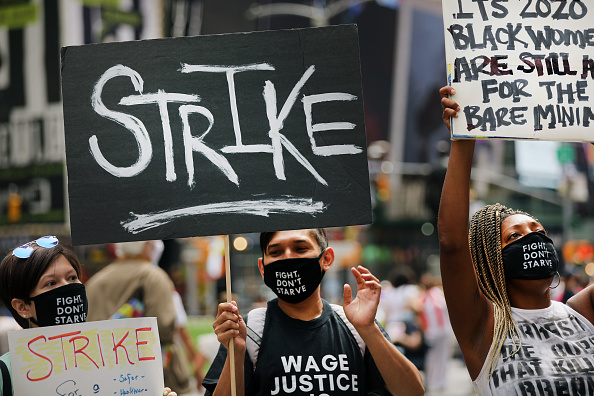 Social Justice - Concept「Activists Rally In NYC's Times Square For Fair Wage For Tipped Workers」:写真・画像(16)[壁紙.com]