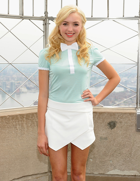 Empire State Building「Peyton List Visits The Empire State Building」:写真・画像(10)[壁紙.com]