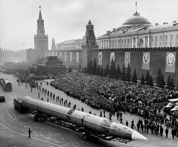 Former Soviet Union「Missile Parade」:写真・画像(2)[壁紙.com]