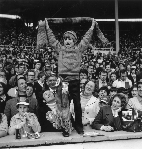 Cheering「Arsenal Fan」:写真・画像(5)[壁紙.com]