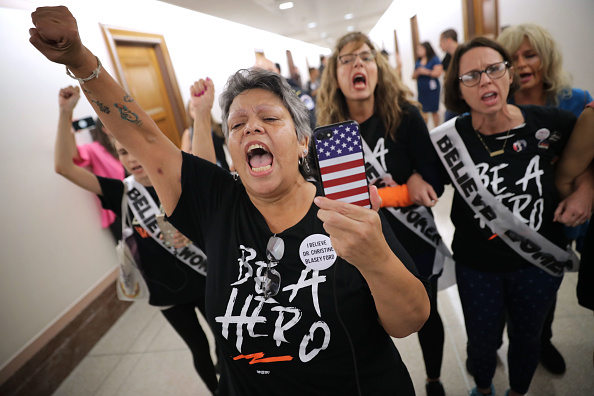 Protestor「Politicians And Protestors React To New Kavanaugh Accusations On Capitol Hill」:写真・画像(13)[壁紙.com]