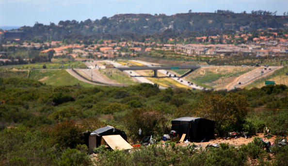 Del Mar - California「Workers Establish Migrant Camps Near Agricultural Jobs」:写真・画像(1)[壁紙.com]