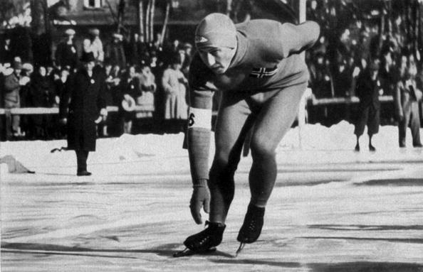Garmisch-Partenkirchen「Ivar Ballangrud (Norway) speed skater who won a gold medal at the 500m to 5000m and the 10000m and a silver medal for the 1500 Winter Olympics in Garmisch-Partenkirchen in 1936」:写真・画像(3)[壁紙.com]