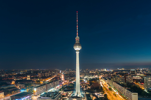 Communications Tower「Germany, Berlin, view to television tower at night」:スマホ壁紙(18)
