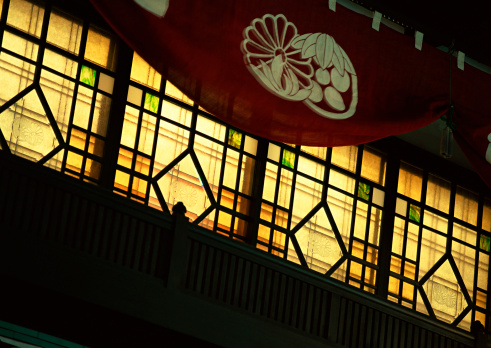 京都の夜「Window」:スマホ壁紙(12)