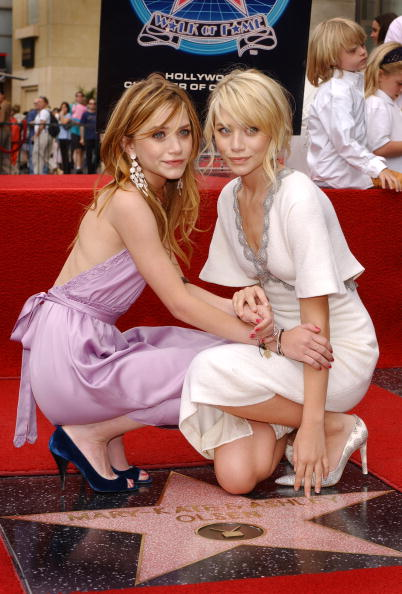 Walk Of Fame「Ashley and Mary-Kate Olsen Get A Star On The Walk of Fame」:写真・画像(14)[壁紙.com]