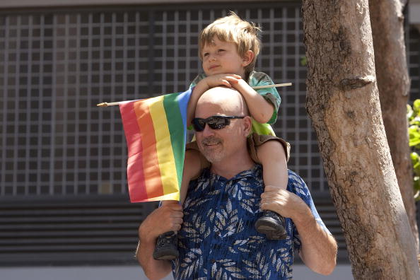 Family「39th Annual Gay Pride Parade Rolls Through San Francisco」:写真・画像(0)[壁紙.com]