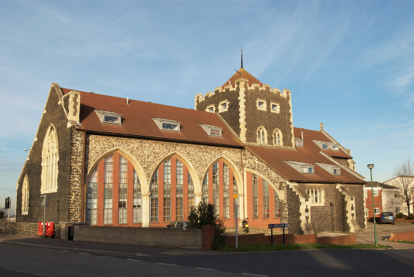 Tradition「Church converted into flats, Greenhithe, Kent, UK」:写真・画像(9)[壁紙.com]